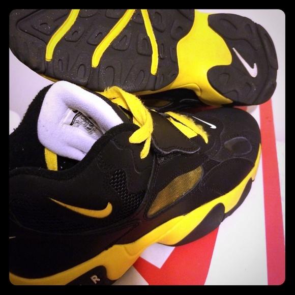 Nike Shoes - Nike air speed turf 6y